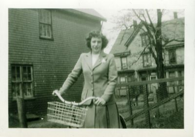Louise Hessian, Bayfield Street, c.1930 <br> Edward G. Rice Collection, City of Charlottetown Archives