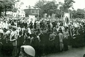 oman Catholic Corpus Christi Procession in Hillsborough Square, c.1950 <br> Photo courtesy of the Edward J. Rice Collection, City of Charlottetown Archives